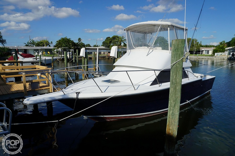 1986 Tiara Yachts boat for sale, model of the boat is 3300 Flybridge & Image # 7 of 40