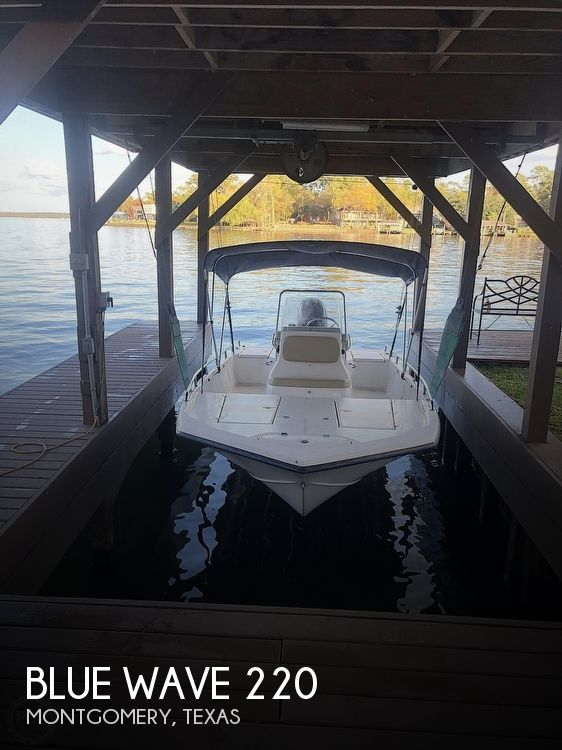 2005 Blue Wave boat for sale, model of the boat is Xtreme 220 Texas edition & Image # 1 of 6