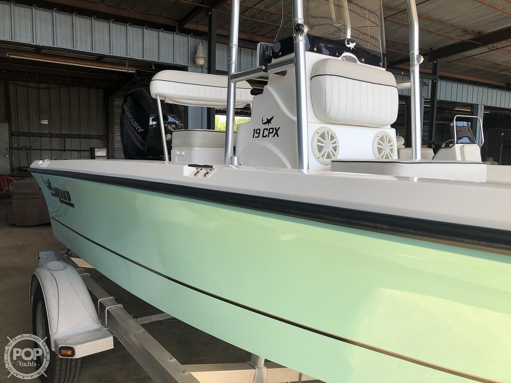 2016 Mako boat for sale, model of the boat is 19 CPX & Image # 3 of 12