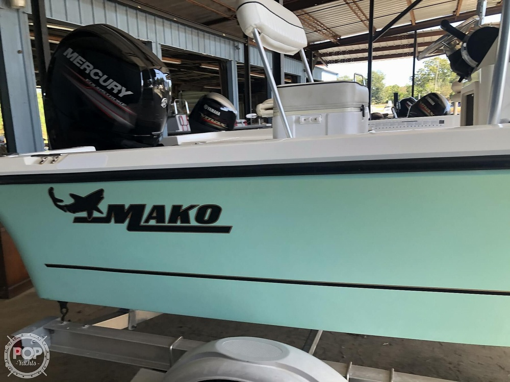 2016 Mako boat for sale, model of the boat is 19 CPX & Image # 5 of 12