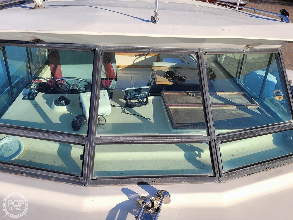 1988 Baha Cruisers boat for sale, model of the boat is 310 Sport Fisherman & Image # 17 of 40
