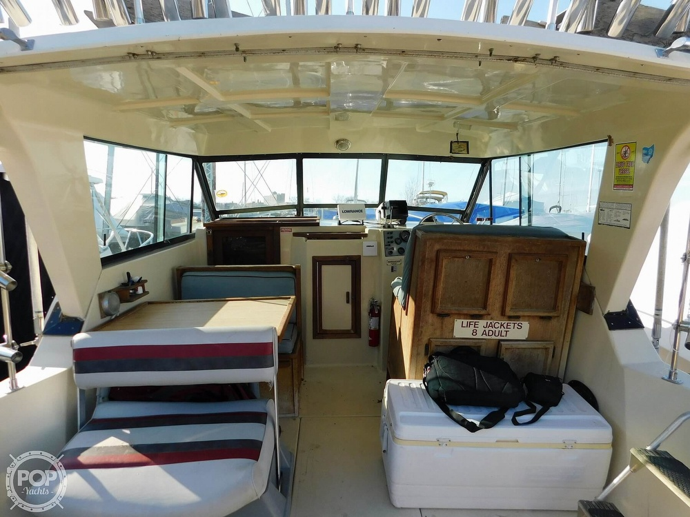 1988 Baha Cruisers boat for sale, model of the boat is 310 Sport Fisherman & Image # 28 of 40