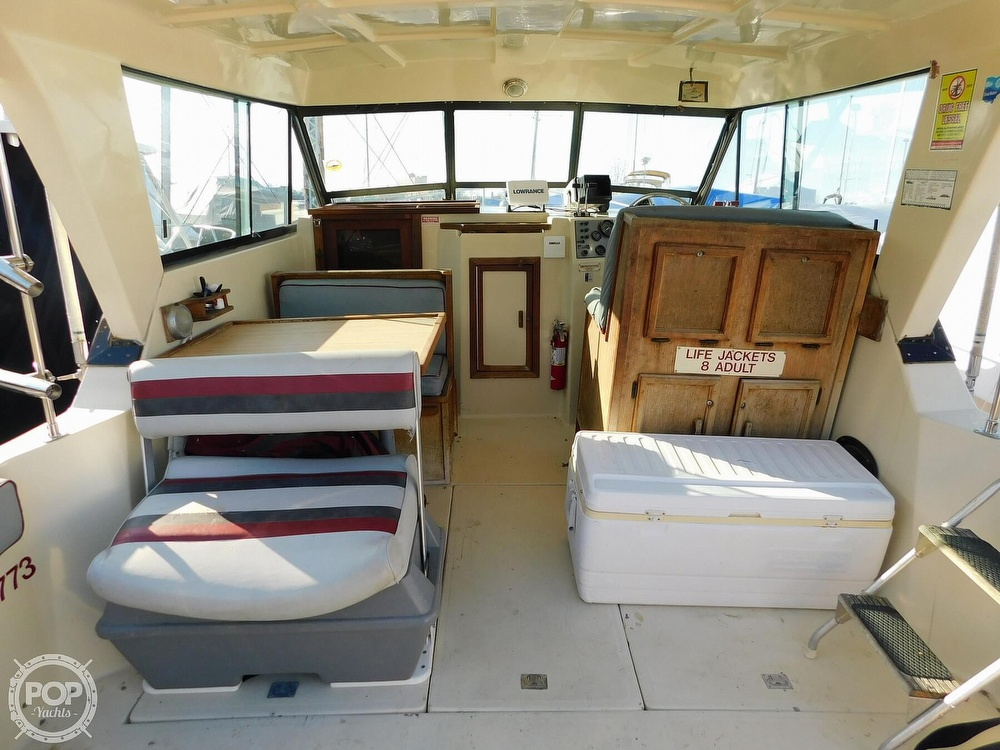 1988 Baha Cruisers boat for sale, model of the boat is 310 Sport Fisherman & Image # 4 of 40