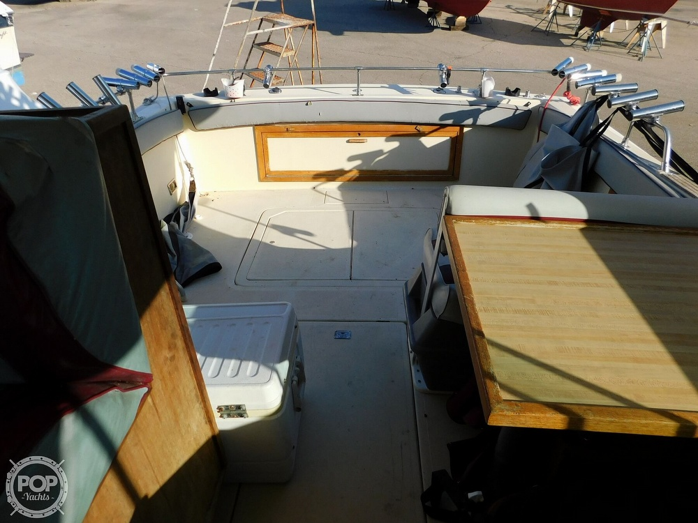 1988 Baha Cruisers boat for sale, model of the boat is 310 Sport Fisherman & Image # 31 of 40