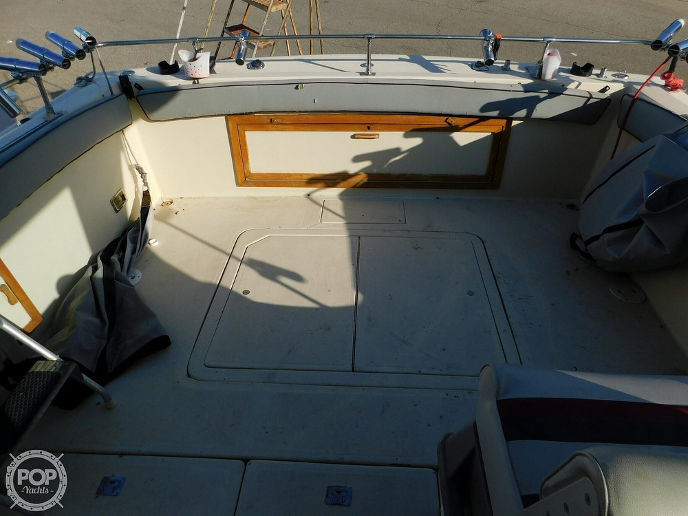 1988 Baha Cruisers boat for sale, model of the boat is 310 Sport Fisherman & Image # 32 of 40
