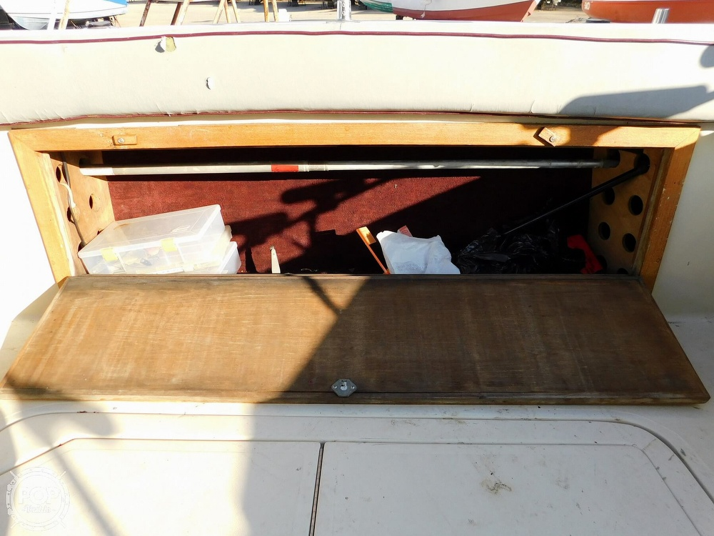 1988 Baha Cruisers boat for sale, model of the boat is 310 Sport Fisherman & Image # 39 of 40