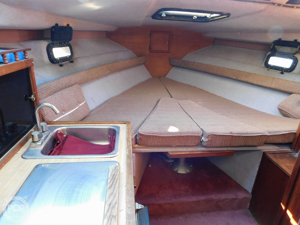 1988 Baha Cruisers boat for sale, model of the boat is 310 Sport Fisherman & Image # 8 of 40