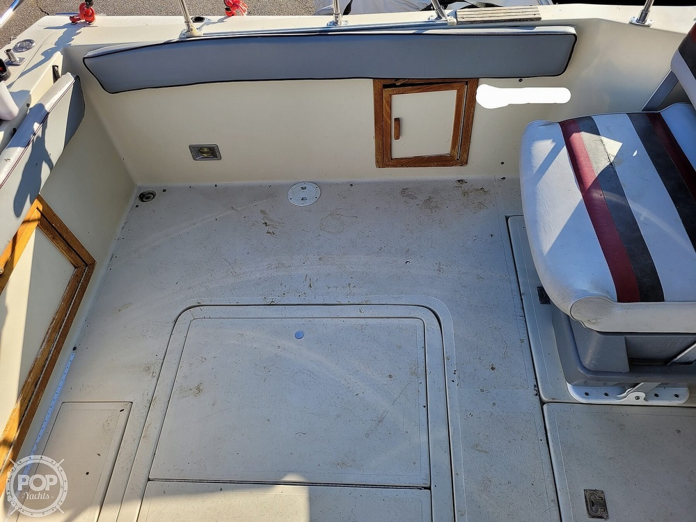 1988 Baha Cruisers boat for sale, model of the boat is 310 Sport Fisherman & Image # 35 of 40