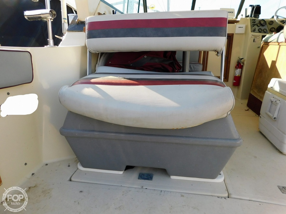 1988 Baha Cruisers boat for sale, model of the boat is 310 Sport Fisherman & Image # 37 of 40