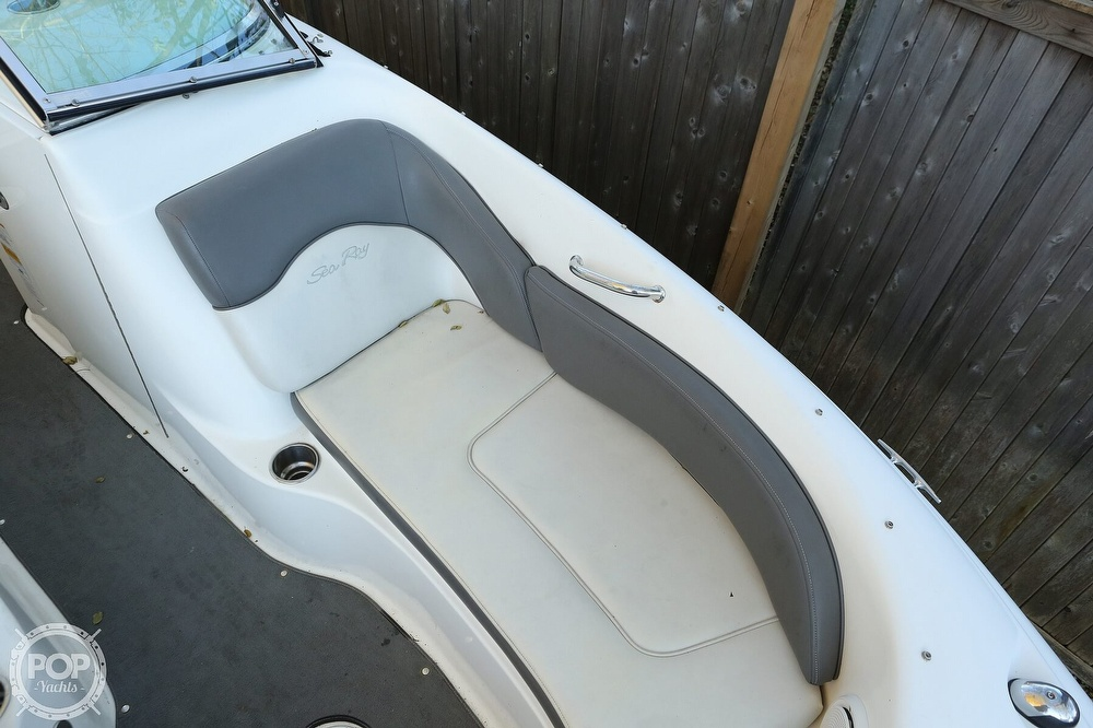 2011 Sea Ray boat for sale, model of the boat is 200 Sundeck & Image # 20 of 40