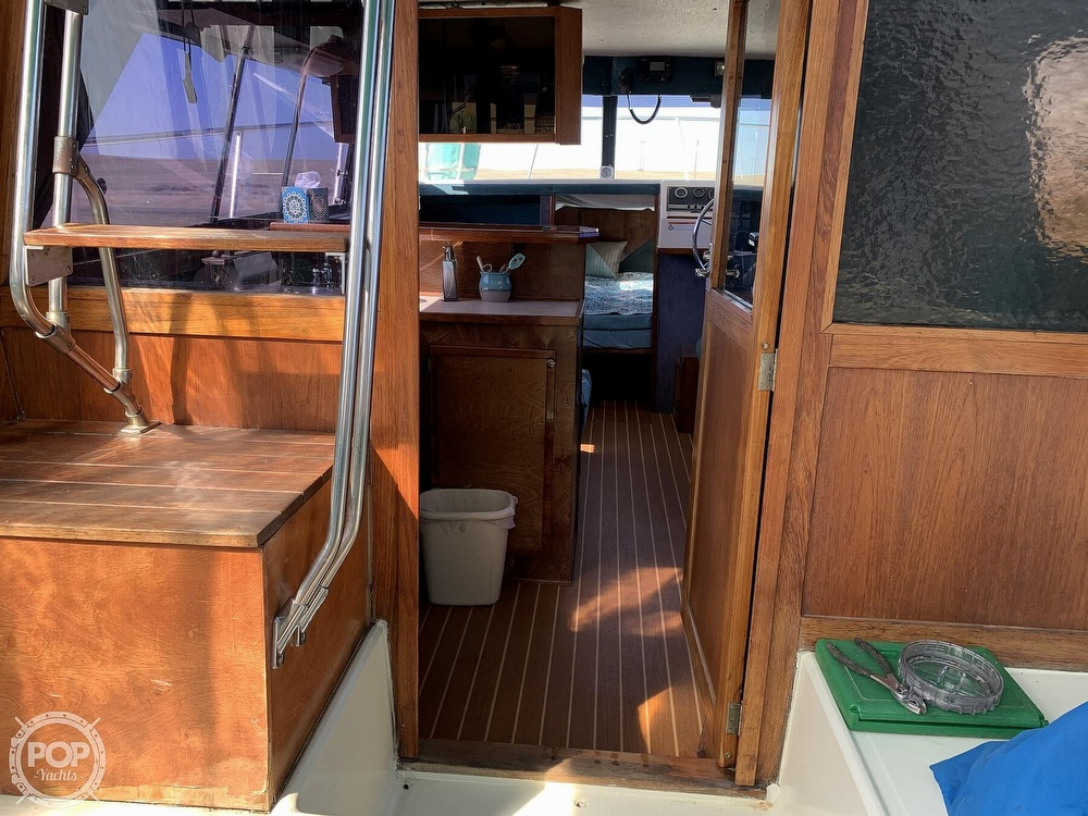 1977 Bayliner boat for sale, model of the boat is Bounty Series 2850 & Image # 11 of 40