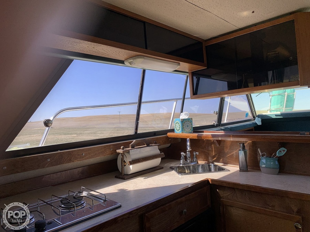 1977 Bayliner boat for sale, model of the boat is Bounty Series 2850 & Image # 13 of 40