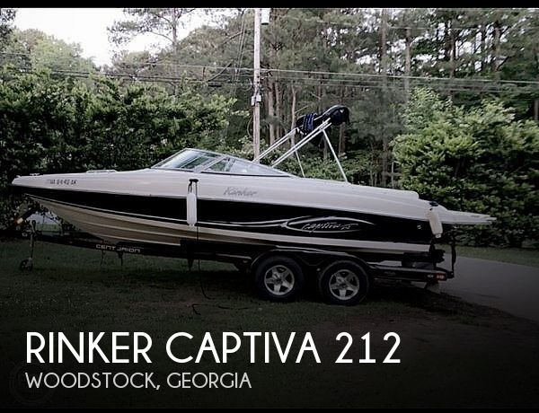 2005 Rinker boat for sale, model of the boat is Captiva 212 & Image # 1 of 3
