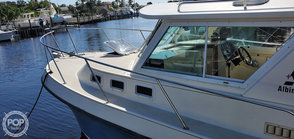 1996 Albin Yachts boat for sale, model of the boat is 28 TOURNAMENT EX/SF & Image # 14 of 40