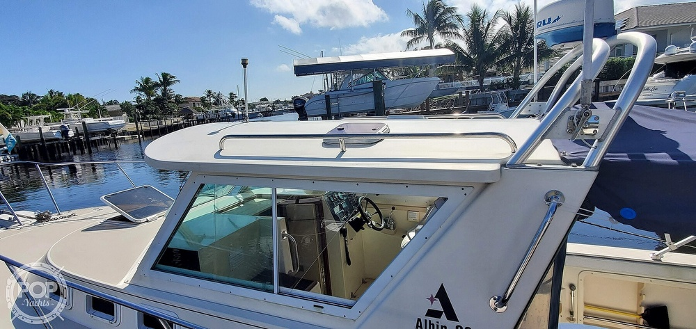 1996 Albin Yachts boat for sale, model of the boat is 28 TOURNAMENT EX/SF & Image # 17 of 40
