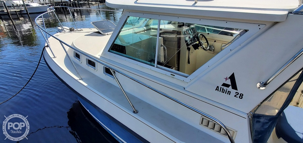 1996 Albin Yachts boat for sale, model of the boat is 28 TOURNAMENT EX/SF & Image # 22 of 40