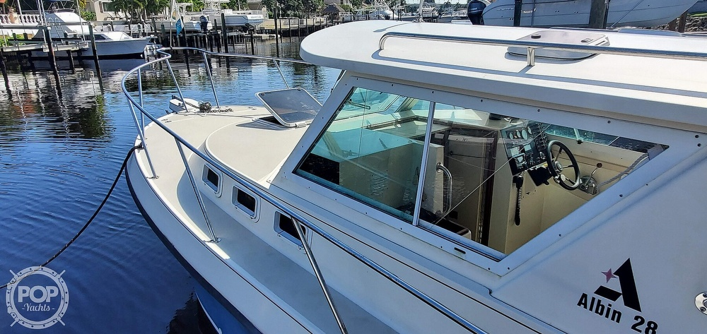 1996 Albin Yachts boat for sale, model of the boat is 28 TOURNAMENT EX/SF & Image # 24 of 40