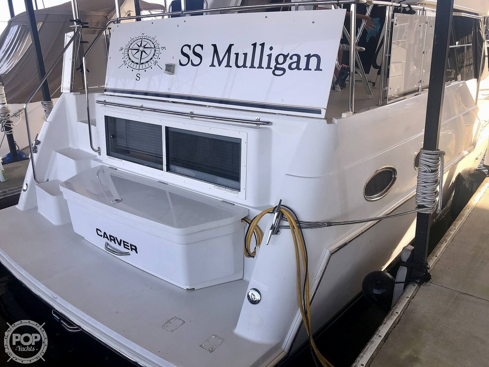 2000 Carver boat for sale, model of the boat is 326 & Image # 20 of 40