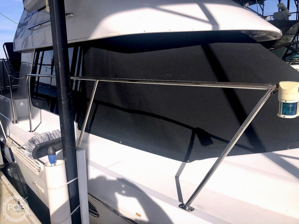 2000 Carver boat for sale, model of the boat is 326 & Image # 18 of 40