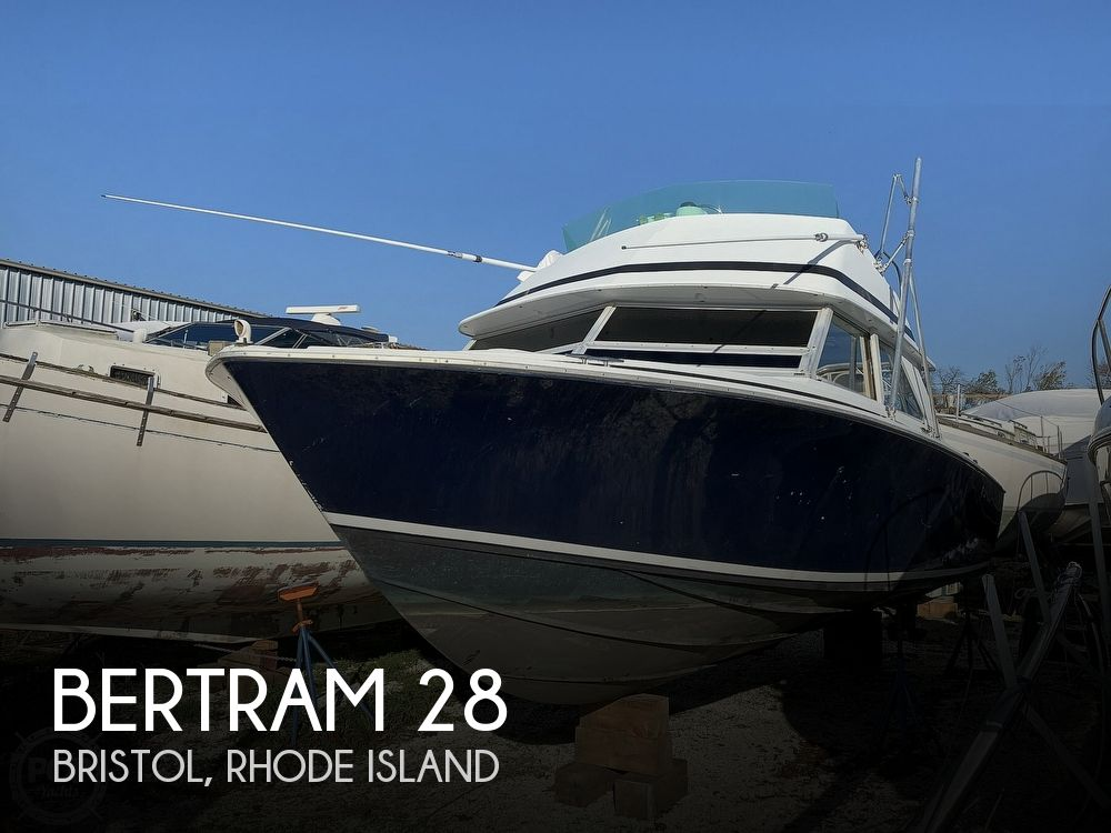 1974 Bertram boat for sale, model of the boat is 28 Sedan Sport Fisherman & Image # 1 of 40
