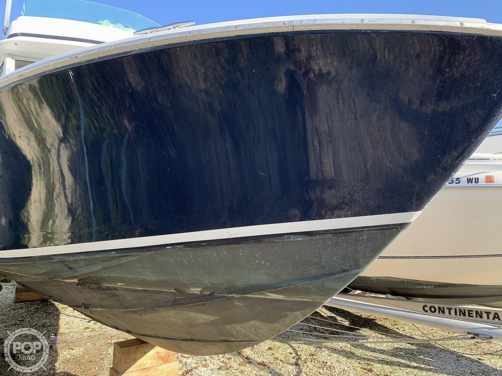 1974 Bertram boat for sale, model of the boat is 28 Sedan Sport Fisherman & Image # 18 of 40