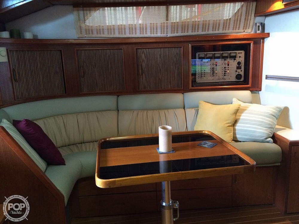 1986 Sea Ray boat for sale, model of the boat is 390 EC & Image # 12 of 40