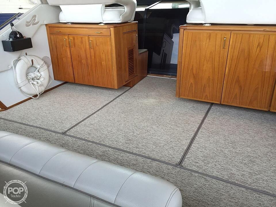 1986 Sea Ray boat for sale, model of the boat is 390 EC & Image # 18 of 40