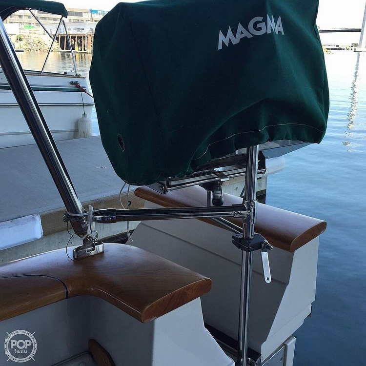 1986 Sea Ray boat for sale, model of the boat is 390 EC & Image # 19 of 40