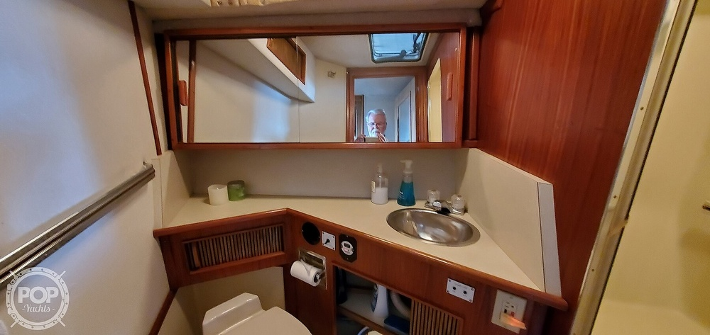 1986 Sea Ray boat for sale, model of the boat is 390 EC & Image # 35 of 40