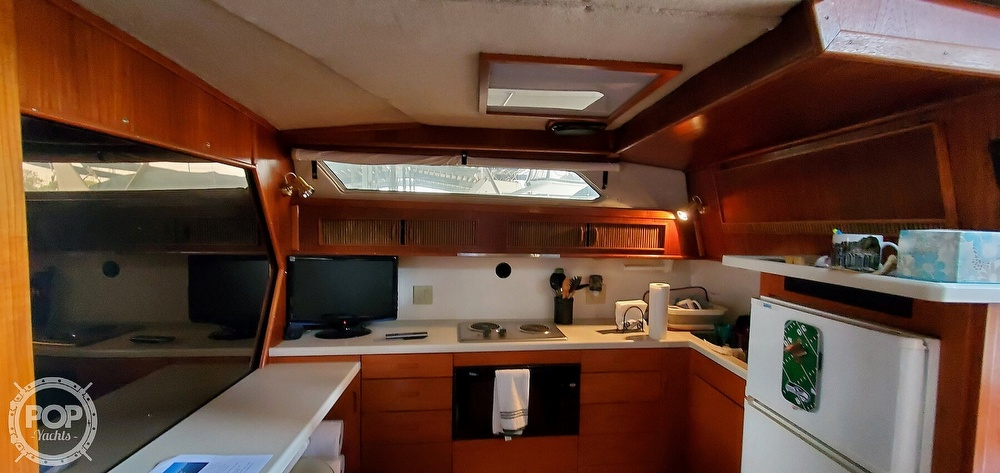 1986 Sea Ray boat for sale, model of the boat is 390 EC & Image # 40 of 40