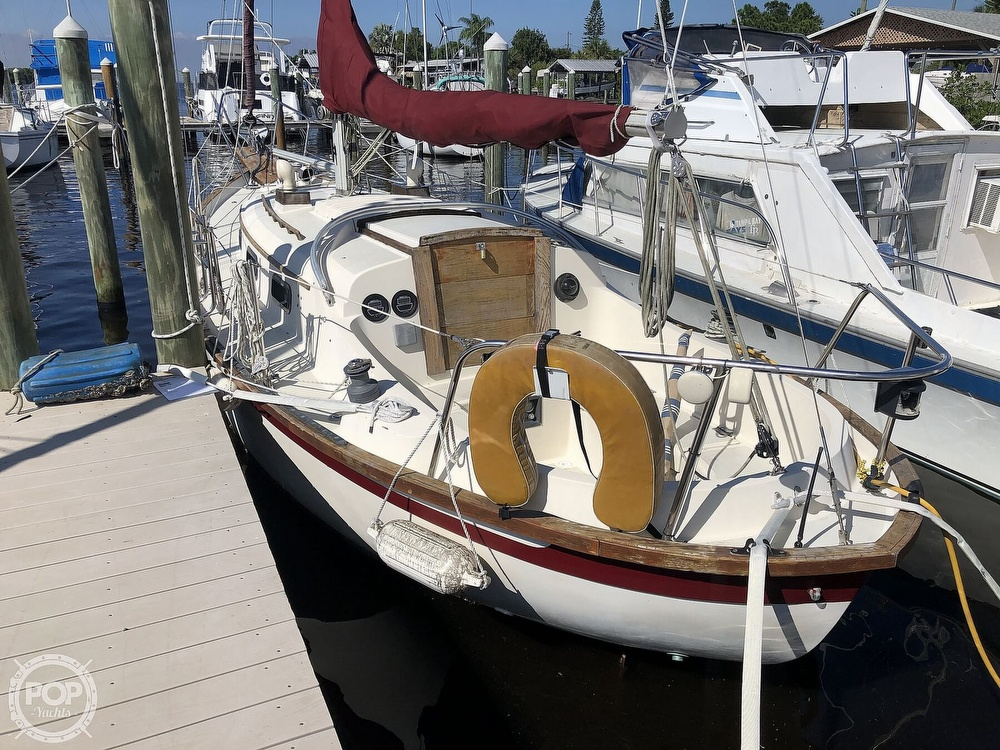 1981 Southern Cross boat for sale, model of the boat is 28 & Image # 2 of 40
