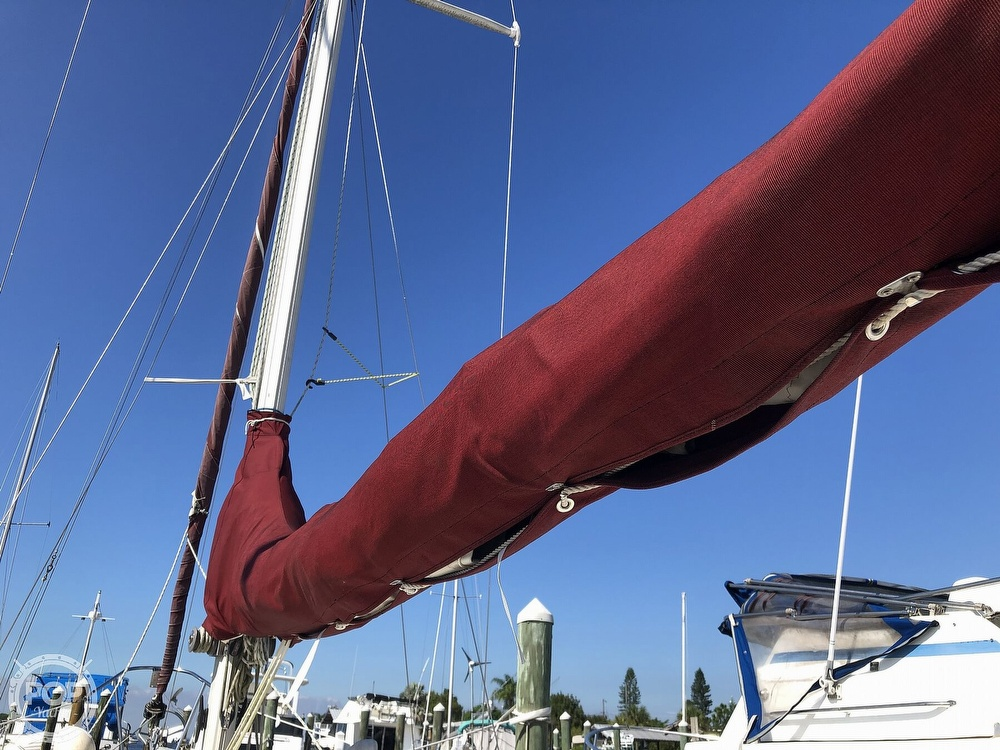 1981 Southern Cross boat for sale, model of the boat is 28 & Image # 29 of 40