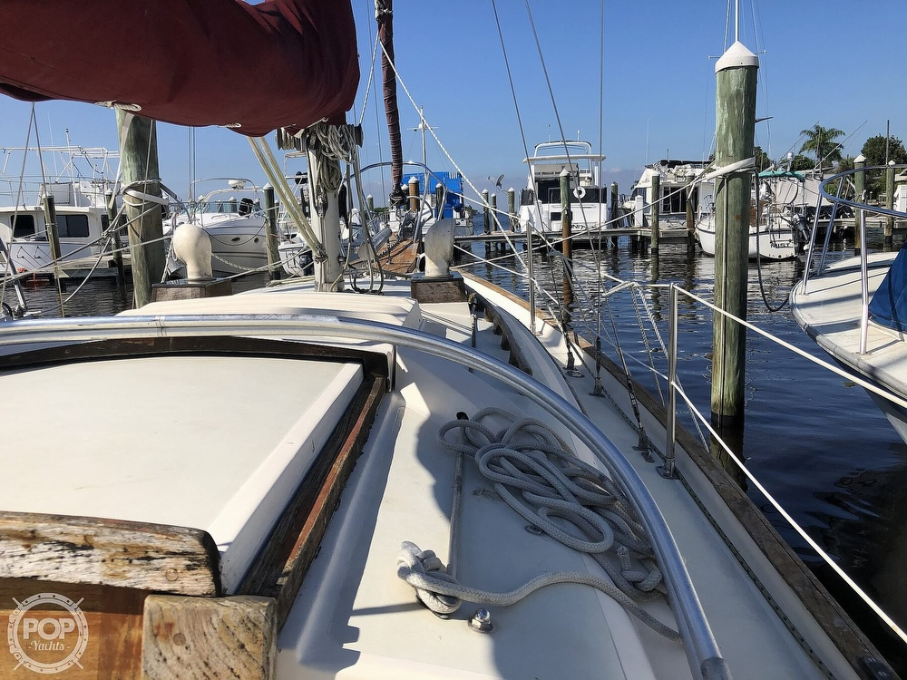 1981 Southern Cross boat for sale, model of the boat is 28 & Image # 36 of 40
