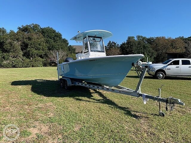 2018 Sea Hunt boat for sale, model of the boat is Ultra 235 SE & Image # 2 of 40