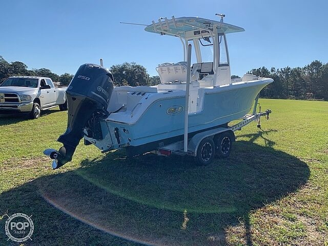 2018 Sea Hunt boat for sale, model of the boat is Ultra 235 SE & Image # 4 of 40