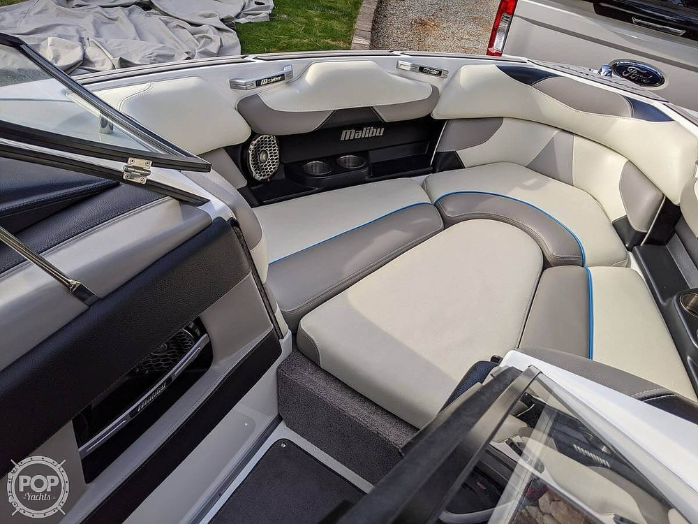 2015 Malibu boat for sale, model of the boat is 22 VLX & Image # 9 of 12