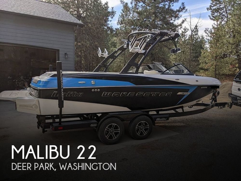 2015 Malibu boat for sale, model of the boat is 22 VLX & Image # 1 of 12