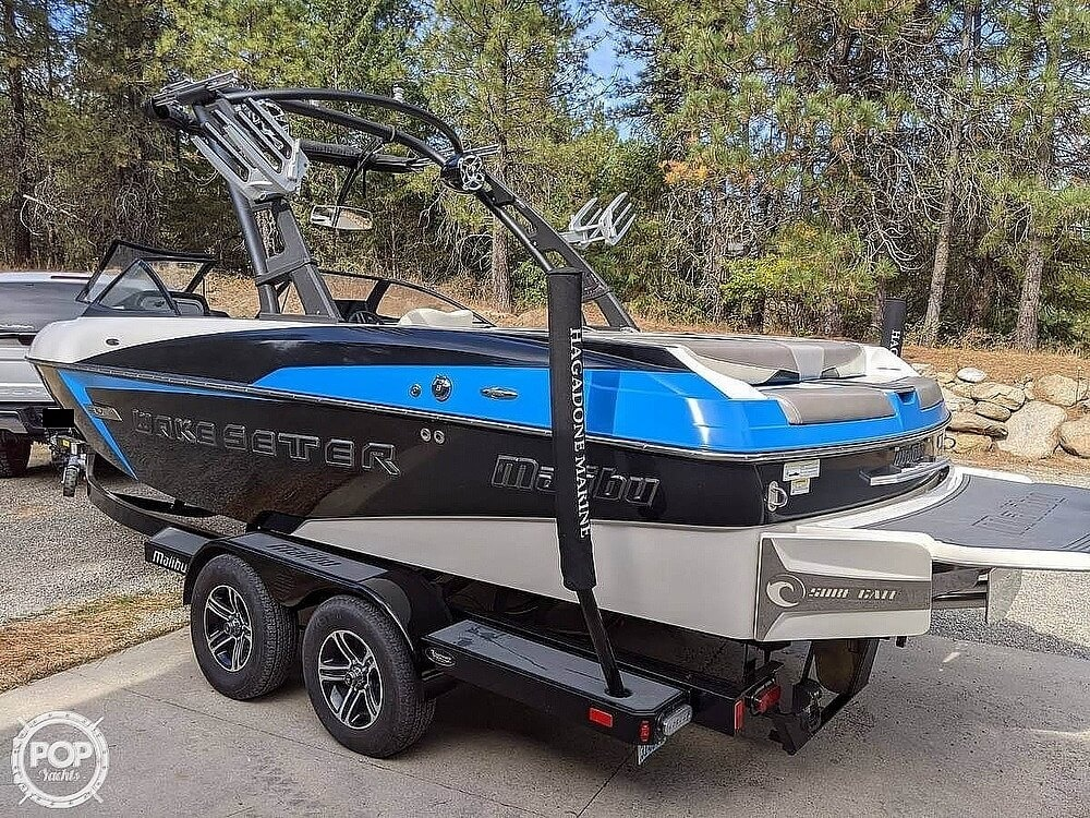 2015 Malibu boat for sale, model of the boat is 22 VLX & Image # 2 of 12