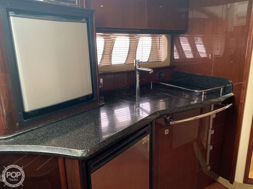 2010 Sea Ray boat for sale, model of the boat is 390 Sundancer & Image # 4 of 40