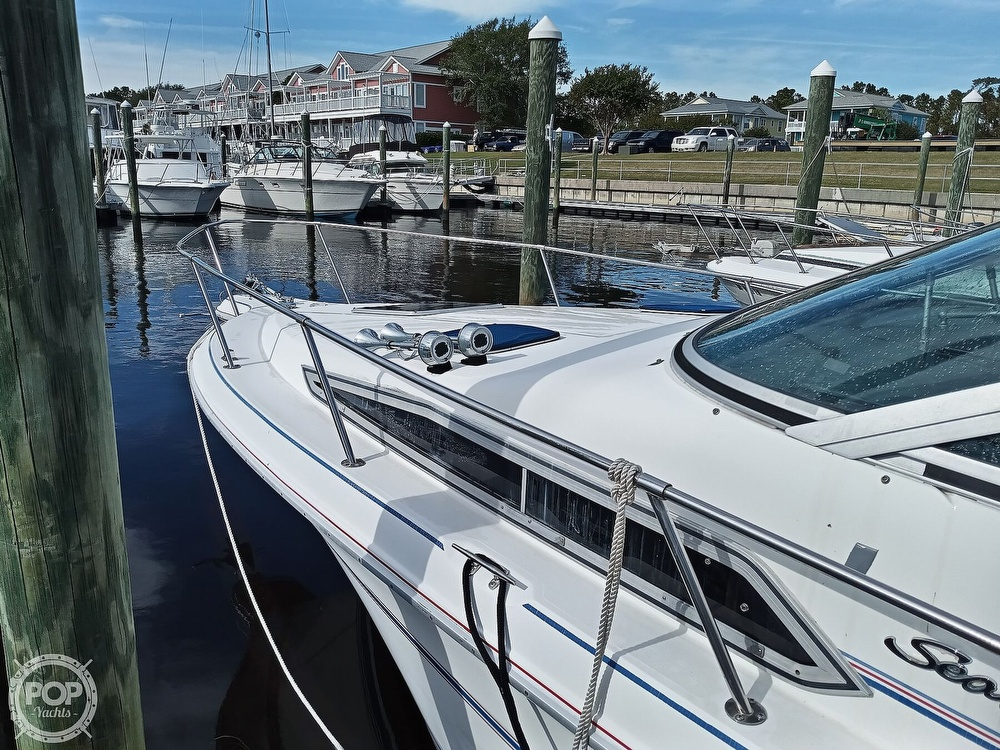1993 Sea Ray boat for sale, model of the boat is 270 Sundancer & Image # 2 of 40
