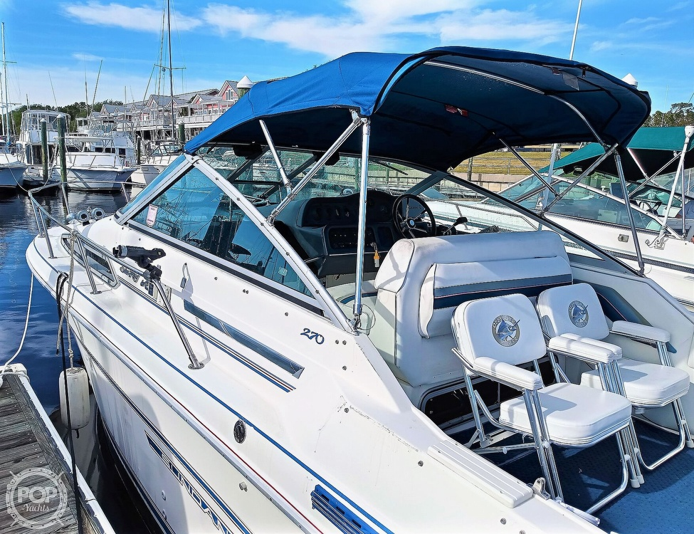 1993 Sea Ray boat for sale, model of the boat is 270 Sundancer & Image # 3 of 40