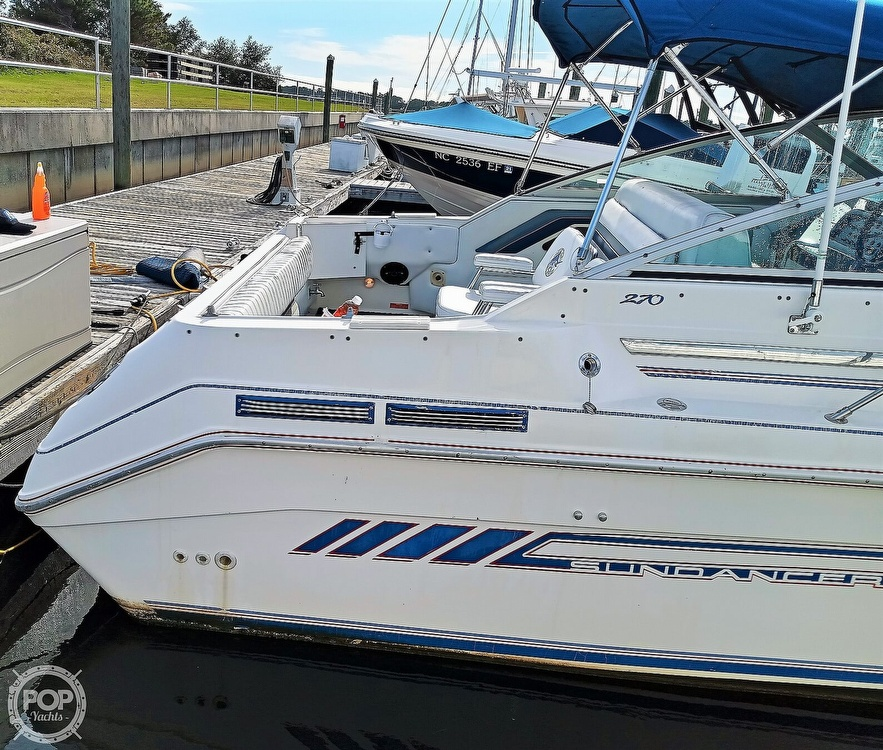 1993 Sea Ray boat for sale, model of the boat is 270 Sundancer & Image # 6 of 40