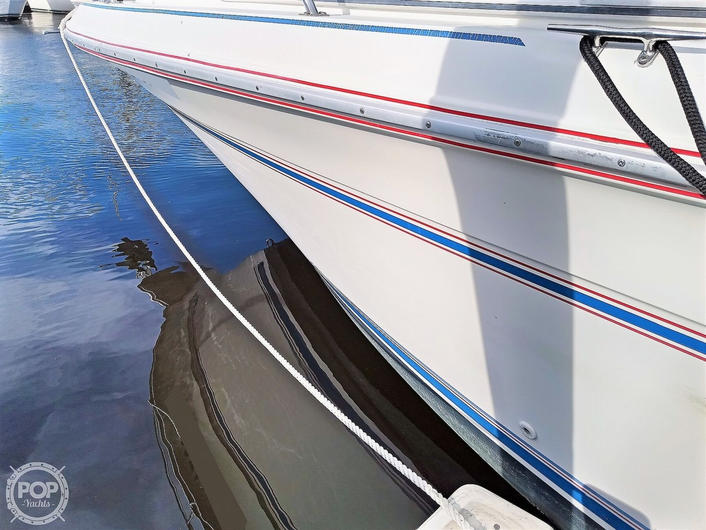 1993 Sea Ray boat for sale, model of the boat is 270 Sundancer & Image # 10 of 40