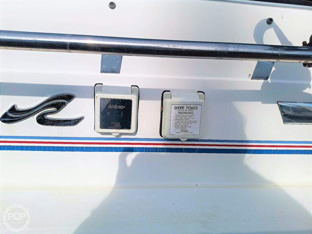 1993 Sea Ray boat for sale, model of the boat is 270 Sundancer & Image # 11 of 40