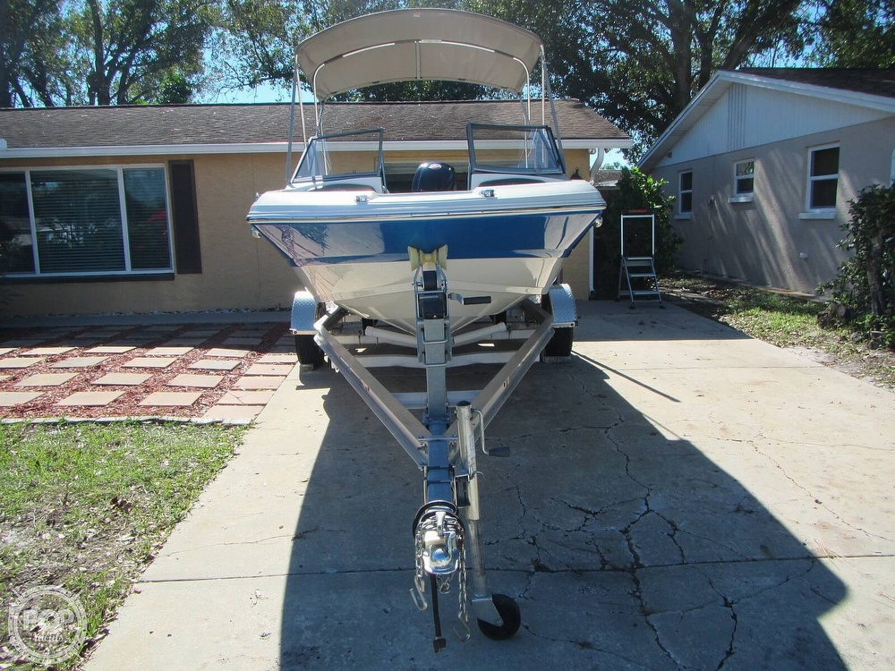 2018 Stingray boat for sale, model of the boat is 191 DC & Image # 15 of 40