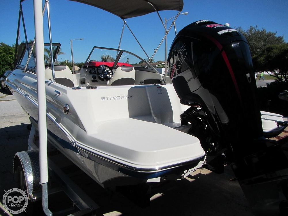 2018 Stingray boat for sale, model of the boat is 191 DC & Image # 24 of 40