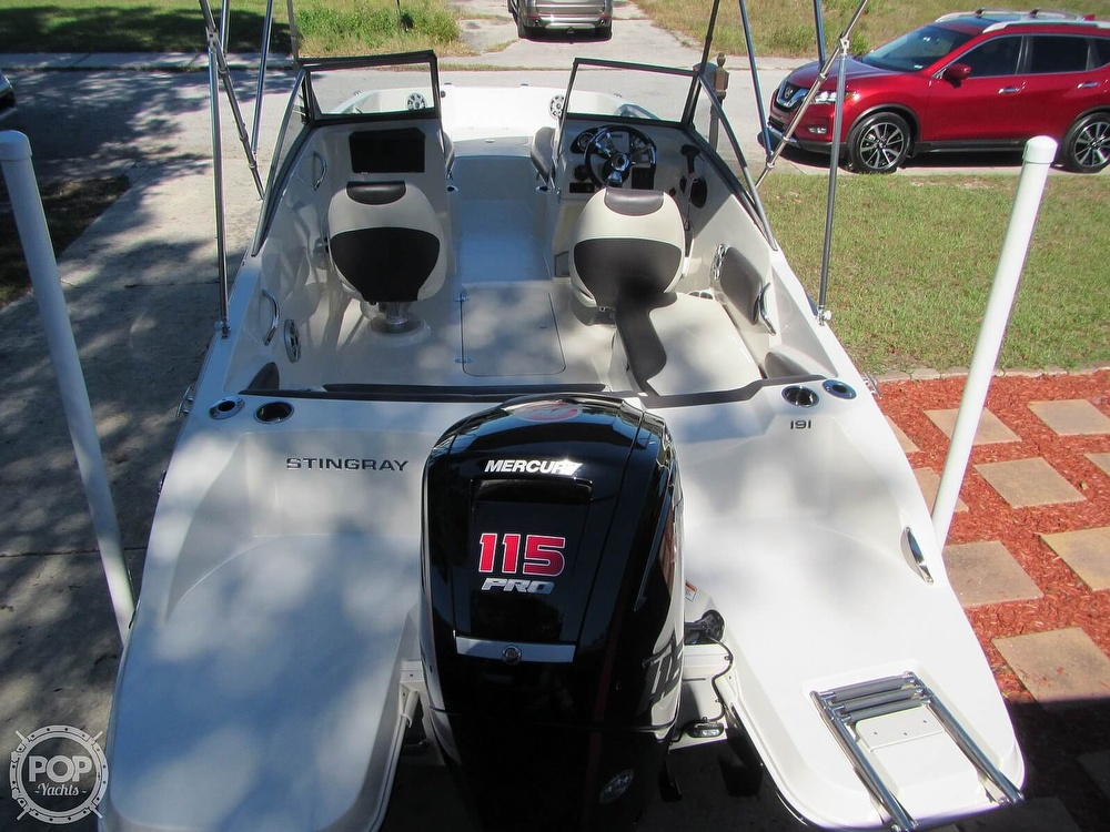 2018 Stingray boat for sale, model of the boat is 191 DC & Image # 4 of 40