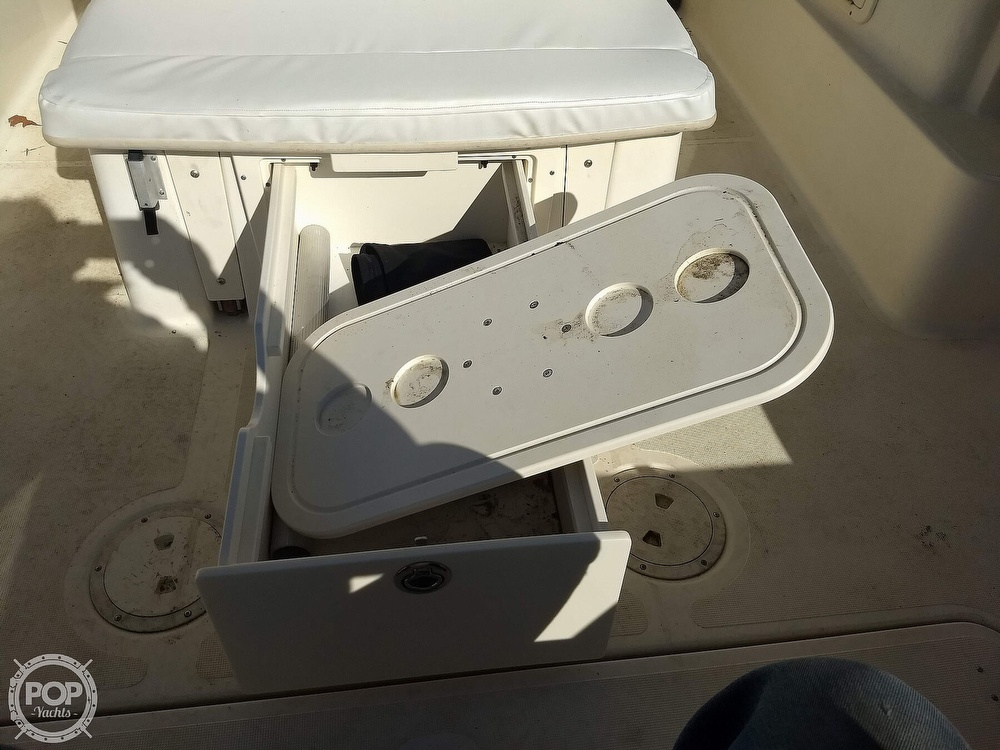 2003 Pursuit boat for sale, model of the boat is 2670 Denali LS & Image # 38 of 40