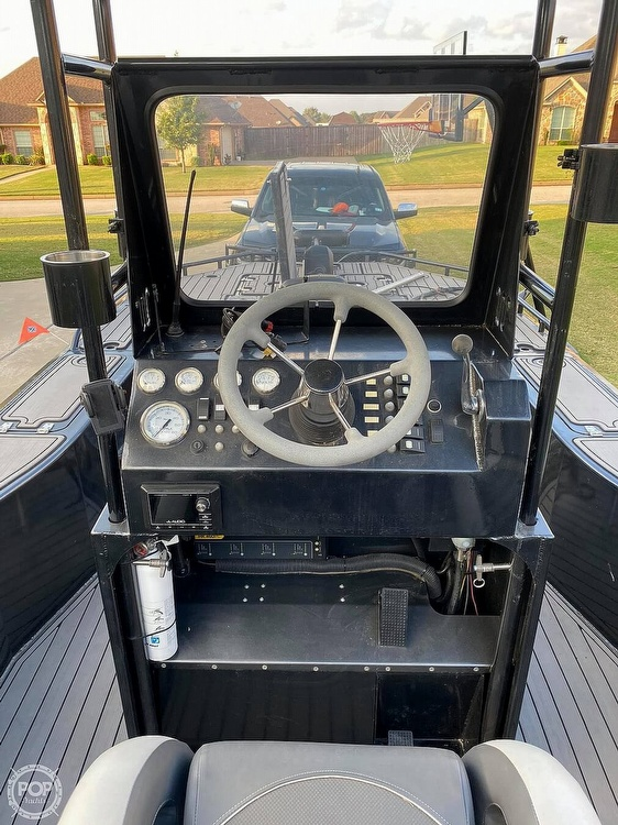 2018 Obsession boat for sale, model of the boat is Open & Image # 4 of 40