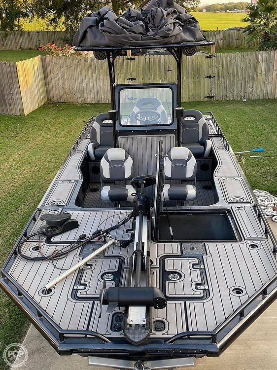 2018 Obsession boat for sale, model of the boat is Open & Image # 3 of 40